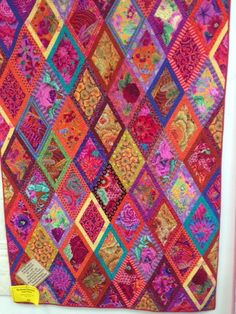 Bordered Diamonds (Kaffe Fassett's Simple Shapes Spectacular Quilts)