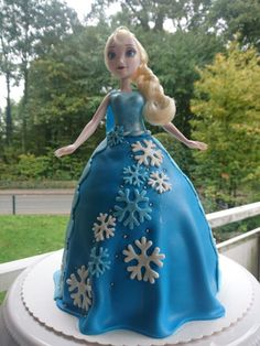 Elsa Barbie Torte!