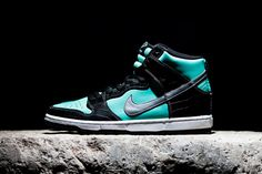 "Diamond Supply Co. x Nike SB Dunk High ""Tiffany"" Preview"
