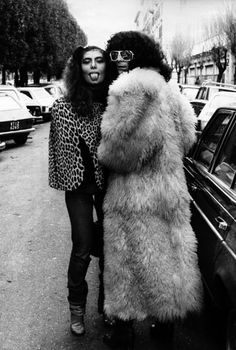 Loredana and Renato were so similar but great friends Italian Women, Italian Beauty, Italian Style, People Icon, Engagement Photo Poses, Sheepskin Coat, Music Mix, Glam Rock, Great Friends
