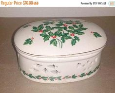 Porcelain Holly Berry Trinket Box,Holly Jewelry Box,Christmas Jewelry Box, Ring Holder, Pierced Porcelain Box, Holly, Holidays, Gold Gilt by JunkYardBlonde on Etsy