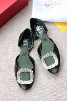 Roger Vivier Crystal-embellished satin ballerinas Green - $170.00 : morecabinet.com Roger Vivier Shoes, Ballerinas, Shoe Box, Satin, Flats, Crystals, Green, Fashion, Loafers & Slip Ons