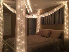 Teen Bedroom Designs, Cute Bedroom Ideas, Cute Room Decor, Room Ideas Bedroom, Home Decor Bedroom, Bedroom Decor Lights, Romantic Bedroom Lighting, Aesthetic Room Decor, Cozy Room