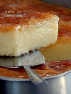 Food for thought: Γαλακτομπούρεκο Greek Sweets, Greek Desserts, No Cook Desserts, Greek Recipes, Delicious Desserts, Dessert Recipes, Greek Cake, Food Network Recipes, Cooking Recipes