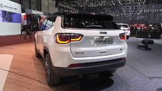 Jeep Suv, Jeep Cars, Jeep Truck, New Car Photo, Jeep Compass, Compact Suv, Hot Rides, Future Car, Shopping