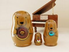- Matryoshka - Bear Nesting Dolls