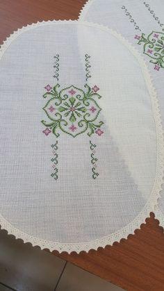 Cross Stitch Gallery, Cross Stitch Borders, Cross Stitch Patterns, Bargello, Baby Knitting Patterns, Embroidery, Sewing, Canvas, Holiday Decor