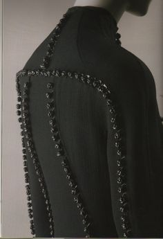 Ralph Rucci- Leather details are knotted - they look like tribal scarification Couture Details, Fashion Details, Fashion Design, Fashion Trends, Fabric Manipulation, Dark Fashion, Textile Design, Women Wear, Textiles