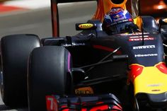 Red Bull feels F1 tension with Renault pushed Renault forwards