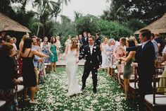 Gorgeous flower toss #recessional | #Baliwedding #bali #wedding #inspiration #exit #ceremony