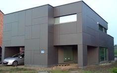GEVEL Eternit Natura panelen mooie opstelling panelen Interior Cladding, House Cladding, House Siding, Social Housing Architecture, Modern Architecture Design, Facade Design, Modern House Plans, Modern House Design, Bungalow