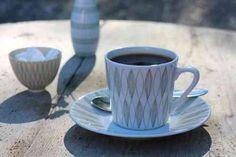Arabia VUOKKO kahvikuppi ja asetti, Raija Uosikkinen Kitchenware, Tableware, Vintage Ceramic, Scandinavian Style, Finland, Denmark, Norway, Sweden, Coffee Cups