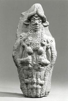 Babylon/Old - Molded plaque: bearded underworld god, ca 2000-1600BC, Mesopotamia. Picture: MMA, NY