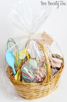 Happy easter 10 off all easter items enter coupon code hop10 happy easter 10 off all easter items enter coupon code hop10 march 7 april 9 la bella baskets can help you with all your gifting needs pinterest negle Choice Image