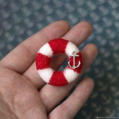 """Купить Брошка """"Спасательный круг"""" - брошка, морская тематика, спасательный круг, ярко-красный"""