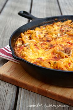Gotta love a one pot meal! Especially when it's something the whole family enjoys! This cheesy pasta definitely fits the bill.