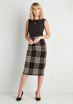 A Genuine and a Scholar Skirt. When it comes to posh professors, youre the real deal in this plaid pencil skirt! #black #modcloth