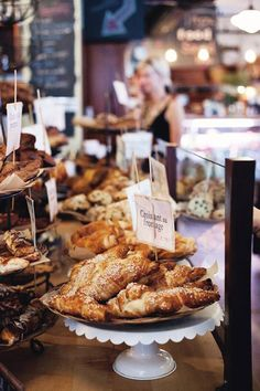 Guide to some of the best bakery places in montreal