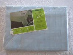NIP-Vtg-SUSSEX-Banquet-Tablecloth-Rectangle-60x104-034-SKY-Blue-No-Iron-USA