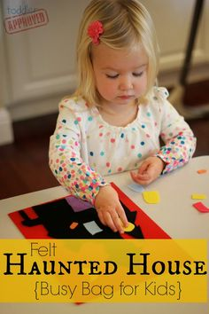 Toddler Approved!: Play with Colors: Felt Haunted House {Busy Bag for Kids} Halloween Craft Activities, Halloween Crafts For Toddlers, Holiday Crafts For Kids, Halloween Kids, Kids Crafts, Preschool Halloween, Holiday Fun, Toddler Play, Toddler Preschool