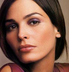 Inés Sastre, mi modelo favorita desde siempre. Adoro esa belleza tranquila que transmite.
