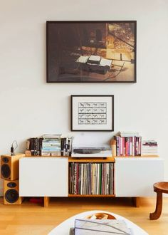 design is mine : isn't it lovely?: INTERIOR INSPIRATION : RECORD LISTENING PARTY.