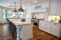 58 Ideas For Kitchen Fixer Upper Hgtv Marble Countertops Fixer Upper Hgtv, Fixer Upper Kitchen, Kitchen On A Budget, New Kitchen, Kitchen Decor, Kitchen Island, Kitchen Countertops, Kitchen Backsplash, Kitchen Wood