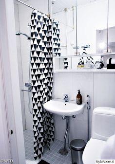 kylpyhuone,mustavalkoinen,suihku,lavuaari,suihkuverho