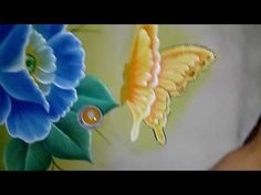 Paint leaves motion one stroke One Stroke Painting, Tole Painting, Fabric Painting, Painting & Drawing, Acrylic Painting Techniques, Painting Videos, Fruit Picture, Painting Courses, Hibiscus