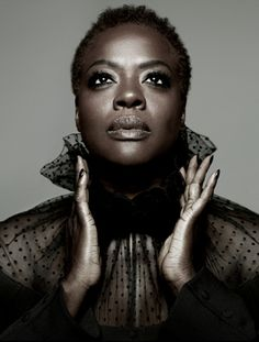 In a shoot with LA Times Magazine actress Viola Davis revealed a short, natural cut. She typically appears on the red carpet with a straight pixie cut with a swoop bang, or with chin length barrel curls. I'm guessing those were wigs then? I think she looks SOOOOOOO much better with her natural hair!