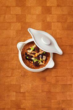 Recette : Quinoa d'Anjou, truffe noire, racines et champignons du chef Alain Ducasse Alain Ducasse, Black Truffle, Recipe Of The Day, Acai Bowl, Serving Bowls, Roots, Stuffed Mushrooms, Vegetables, Breakfast