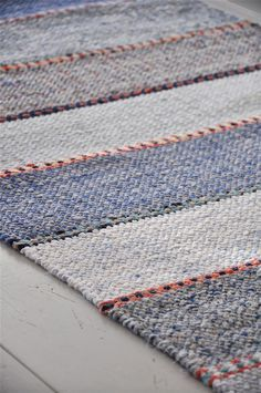 RACES BERGAMINI: Mad in rag rugs on Race Berga - a blog about a väverskas everyday, inspiration and carpets