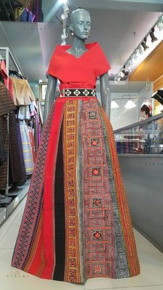 Hmong long skirt Philippines Dress, Philippines Fashion, Filipiniana Dress Modern, Hmong Clothing, Ethnic Dress, Evening Gowns, Barbie, Style Inspiration, Skirts