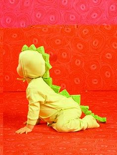 Homemade Halloween costumes diy dinosaur, i love those sponge scales!