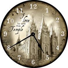 beautiful clocks. i want one.