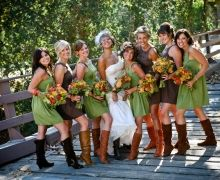 Green and Brown Rustic Bridesmaid Style../ Bridesmaid jewelry inspiration for joellieboutique.etsy.com