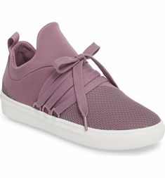 e2f6a546b7c Main Image - Steve Madden Lancer Sneaker (Women) Sneakers Fashion Outfits