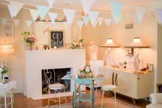 vintage-french-circus-baby-shower-decorations #babyshowerideas4u #birthdayparty  #babyshowerdecorations  #bridalshower  #bridalshowerideas #babyshowergames #bridalshowergame  #bridalshowerfavors  #bridalshowercakes  #babyshowerfavors  #babyshowercakes