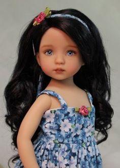 Cliquez ici pour voir plus de photos de cette poupée