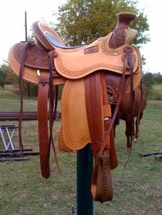 16.5 PRETTY Wade Saddle ... 'bout $2,800