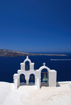 In Greece are all about White and Blue...explore Santorini! http://www.vacationshouse.com/vacation-rentals/greece/Santorini