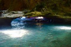 Mermaid Cave in Oahu, Hawaii : Secret Cave