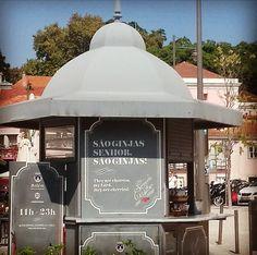 São ginjas senhor são ginjas! #belem #lisboa #lisbon #lisboalovers #portugal #portugallovers #travel #tours #goodvibes #gooddays  #happytimes #modoturista #portugal #portugallovers