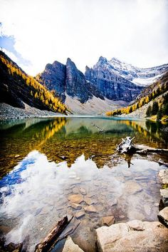 Lake Agnes Teahouse, Canada. Okay, technically I've already been here, but it is just one of the most wonderful places <3