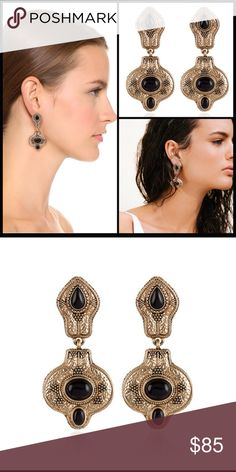 SAMANTHA WILLS ♠️ The Villa Grand Earrings NWT THE VILLA GRANDE GOLD EARRINGS WITH BLACK AGATE  ... from Samantha's Wills are true luxury. The villa grand earrings make a bewitching addition to any outfit. Featuring black agate stones set in antique gold, these earrings create a captivating look perfect for an evening out.  Stunning worn solo or matched with other pieces from the Samantha Wills Casa Paridiso collection.  ♠️See matching ring in my closet. Post earrings.  Agate in antiqued…
