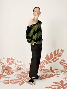 Always stylish with Ferrante spring collection Spring Summer 2018, Spring Collection, Capri Pants, Stylish, Women, Fashion, Moda, Capri Trousers, Fashion Styles