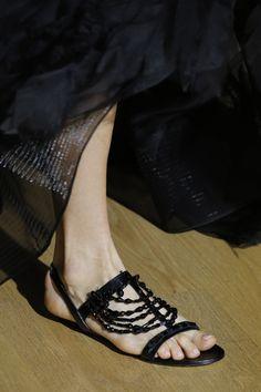 Oscar de la Renta Spring 2017 Ready-to-Wear Fashion Show Details