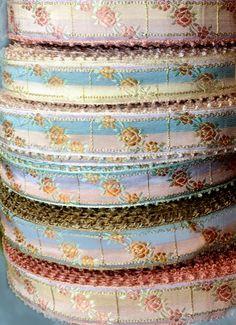 French Vintage Embroidered Silk Jacquard Ribbon Art, Lace Ribbon, Ribbon Crafts, Fabric Ribbon, Silk Ribbon Embroidery, Embroidered Silk, Ribbon In The Sky, Ribbon Projects, Organza