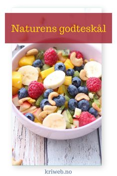 Nature& bowl of fruits, berries and nuts from Kristine Weber Brunch Recipes, Breakfast Recipes, Low Calorie Recipes, Breakfast Casserole, Fruit Salad, Berries, Food And Drink, Snacks, Healthy