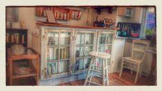 Ecotrip, Guldbergsgade 25, Klinik, Te, Vintage China Cabinet, Layout, Storage, Interior, Kitchen Ideas, Inspiration, Furniture, Vintage, Creative
